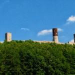 Chęciny - Zamek królewski, widok u podnóża